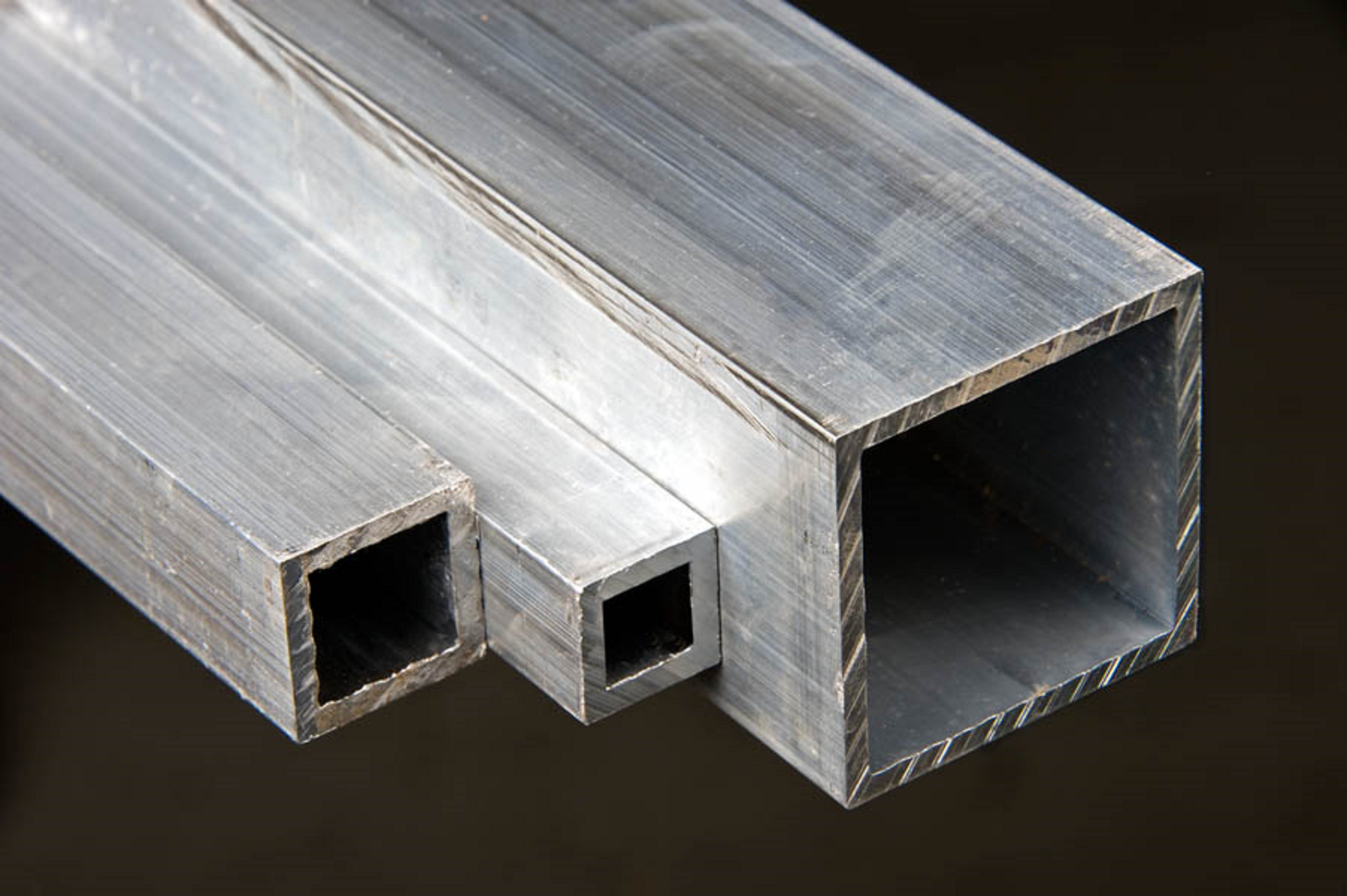 "Diamond Plate Aluminum Sheets >> Alloy 6061 Aluminum Square Tube - 2 1/2"" x 2 1/2"" x 1/4"" x 90"" - Shapiro Metal Supply"